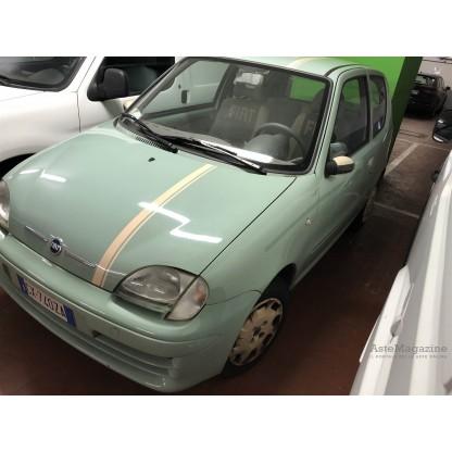 Autovettura Fiat 600
